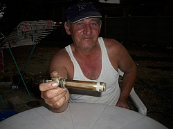 Prezentacije lepljenja - lepljenje mesinganog dela vinogradarske prskalice — >>